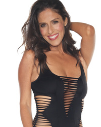 Soleil Moon Frye Drops 40-Pounds -- See Her Hot Swimsu