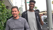 Mark Wahlberg -- 'Tom Brady's the Jimmy Butler of Football'