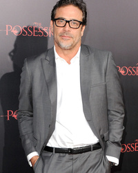 "Jeffrey Dean Morgan Lost 40 Pounds for ""Texas Rising"" by Eating What?!"