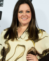 "Melissa McCarthy Debuts New 'Do, Looks Better Than Ever at Berlin Premiere of ""Spy"""