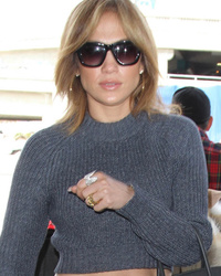 Jennifer Lopez Debuts New Short 'Do -- Like the Look?!
