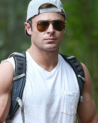 Zac Efron Shows Off Big Biceps During Hike in Hawaii