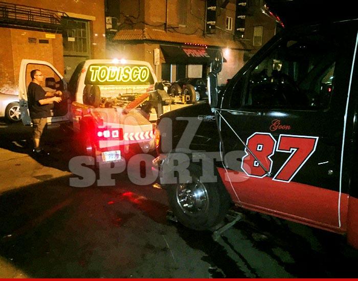 0602-subasset-rob-gronkowski-tow-truck-01