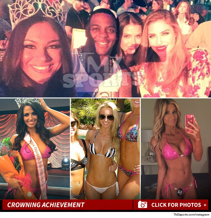 Hooters Bikini Contest -- The Real Winner ... Is Clinton Portis ...
