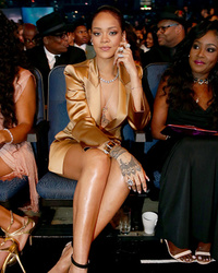 BET Awards Can't-Miss Moments: Rihanna Gets Ticked, Diddy Falls & Nicki Minaj Loses Her Mind!