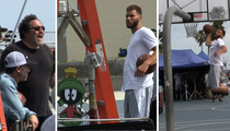 Blake Griffin -- Space Jams in Venice Beach ... With Jon Favreau (Video)