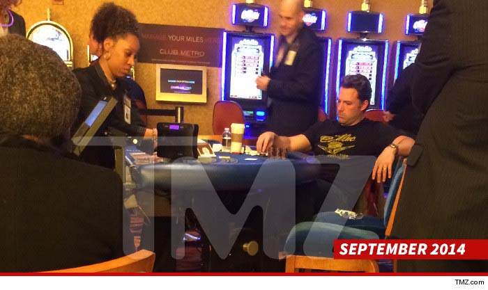 0701-ben-affleck-playing-blackjack-tmz-7