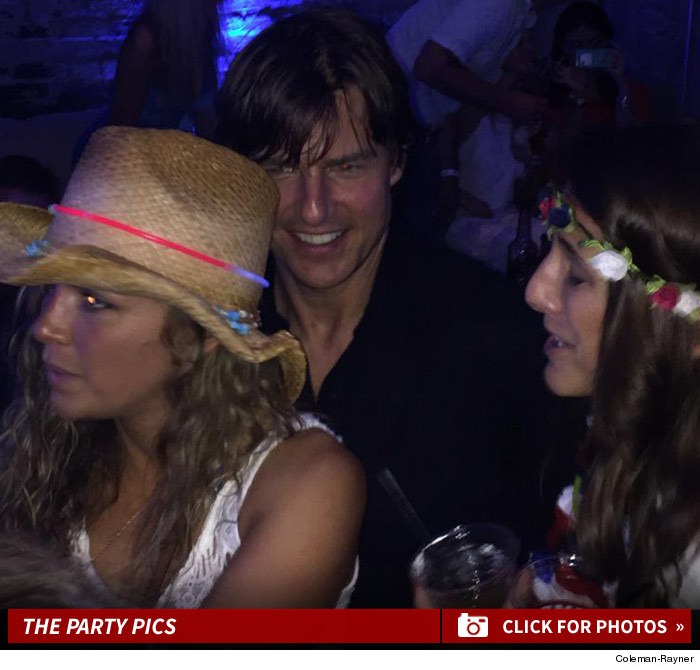 0706_tom_cruise_4th_july_party_photos_launch