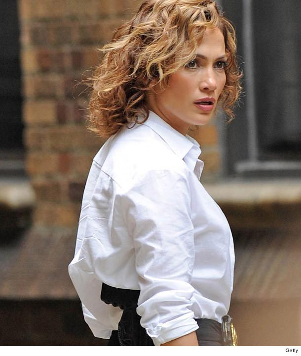 Jennifer Lopez Goes Even Shorter See Her New Dark Do