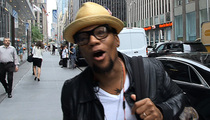 D. L. Hughley -- Caitlyn Jenner ... She Looks Like My P.E. Teacher  (VIDEO)