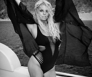 Jessica Simpson Sports Same Sexy Swimsuit as Kendall and Kylie Jenner -- Who Wore It Better?!