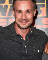 Freddie Prinze Jr. Does Karate with Adorable Daughter Charlotte -- See the Cute Pics!