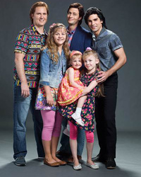 There's Drama with The Olsen Twins In First Look at Lifetime's 'Unauthorized Full House Story'