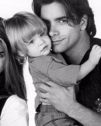 'Full House's' Nicky and Alex Finally Reunite with John Stamos ... After 20 Years!