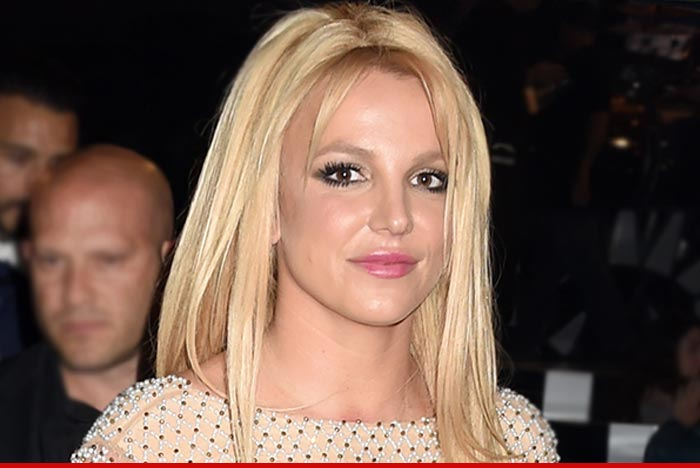 0802-britney-spears-01