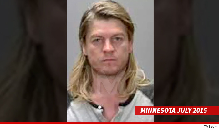 0805-main-wes-scantlin-mug-03