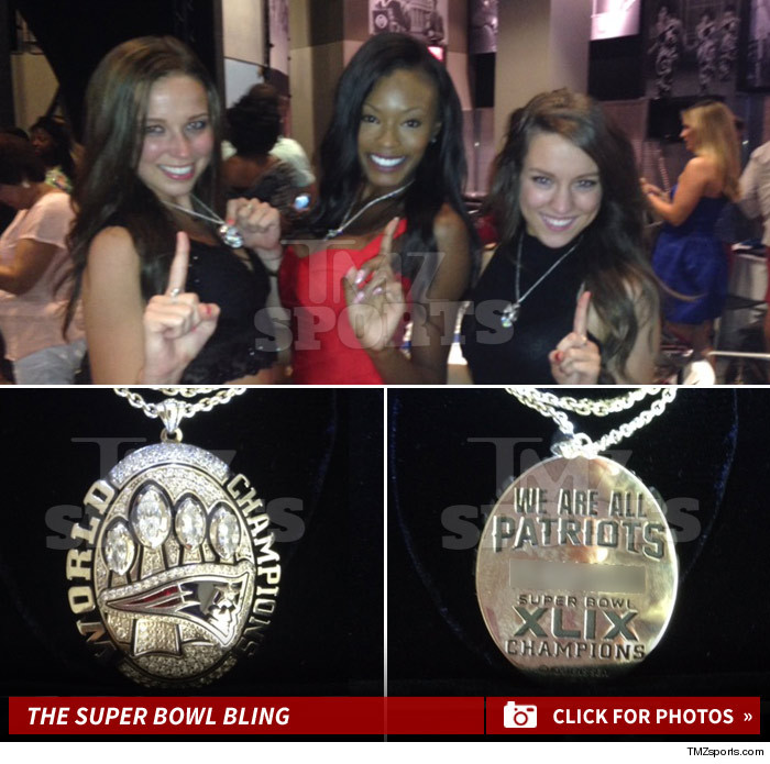 0817_patriots_Cheerleader_super_Bowl_necklace_launch