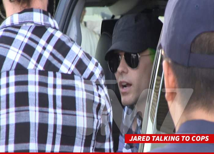 0818_jared_talking_TO_COPS_sub_WM