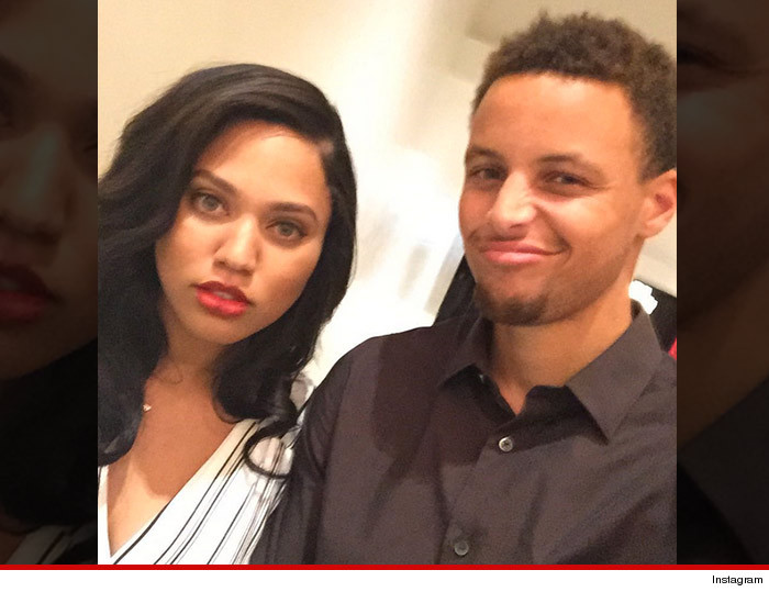 0819-steph-curry-ayesha-curry-stalking-family-INSTAGRAM-01