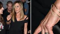 Jennifer Aniston -- Let's Hear it for the Band (PHOTO)