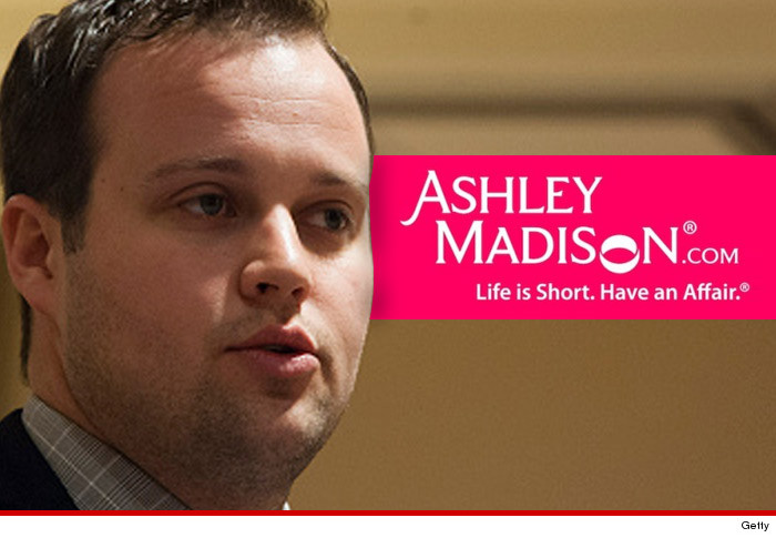 0820_josh-duggar_getty_ashley-madison