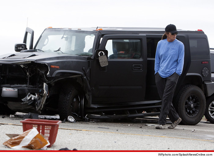 0827_bruce_jenner_accident_splash-2