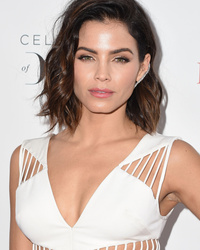 Jenna Dewan-Tatum Is Flawless In Makeup-Free Selfie!