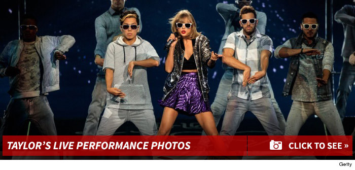 0827_taylor_swift_performance_footer