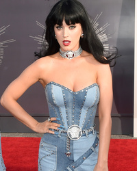 How Well Do You Know Your MTV VMA Fashion Fails?