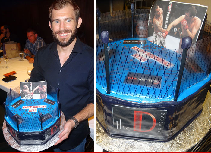 0828-SUB-cake-ryan-couture-vegas-birthday-cake-02