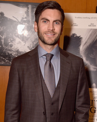 "Wes Bentley Gets Extremely Candid About Heroin Use, Calls Heath Ledger's Death ""Biggest"" Loss In His Life"