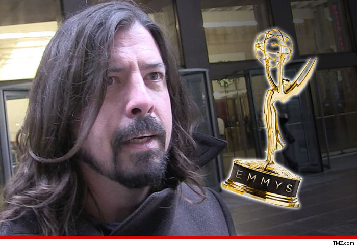 0921-dave-grohl-emmys-tmz-01