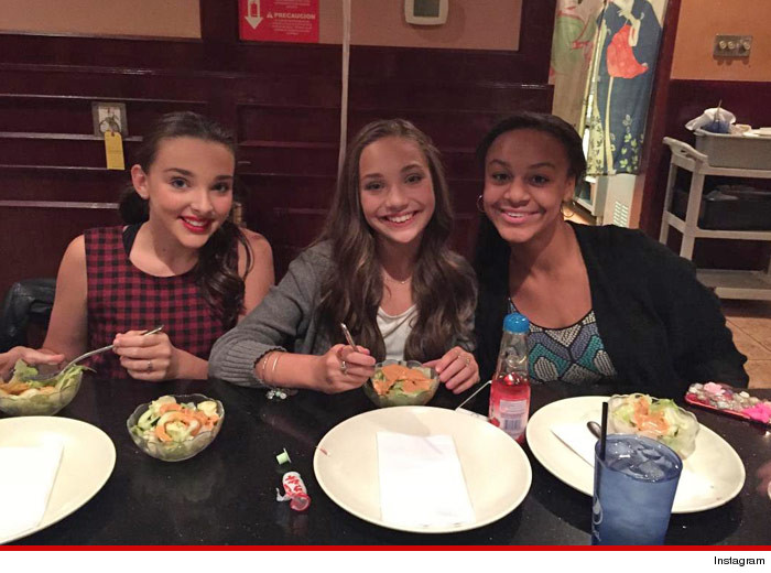 1002-maddie-ziegler-birthday-dinner-INSTAGRAM-01