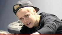 Justin Bieber -- Threatens To Sue ... Take Down The Naked Pics Or Else!!