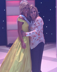 """Chrisley Knows Best"" Star Savannah Chrisley Crowned Miss Tennesse"