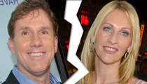 Nicholas Sparks' Breakup -- Estranged Wife Hands Over Stake in Family Mansion