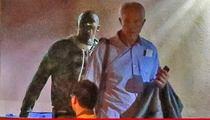 Kobe Bryant Rushes to Lamar Odom's Bedside ... Prays with Kardashians