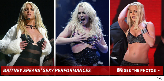 1019_britney_spears_sexy_perf_footer