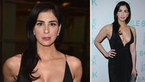 Sarah Silverman -- Cleavage ... It's No Laughing Matter (PHOTO)
