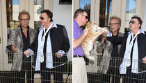 Siegfried and Roy -- Here, Kitty Kitty ... (PHOTO)