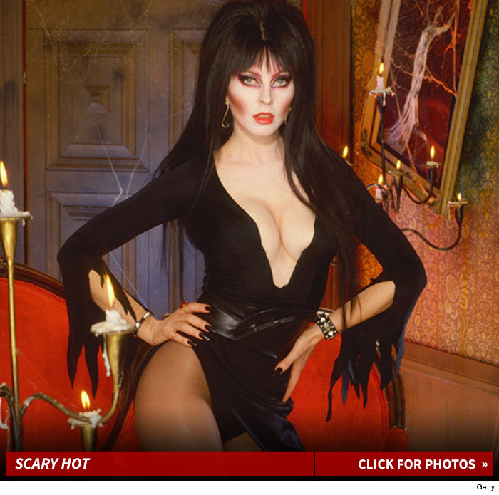 Elvira 2015 Appearances