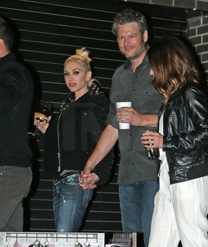 Gwen Stefani and Blake Shelton -- Locked in Love