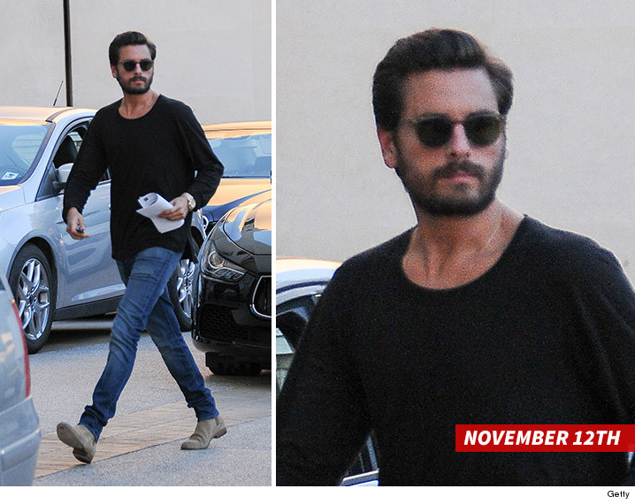 1113-scott-disick-beard-GETTY-02