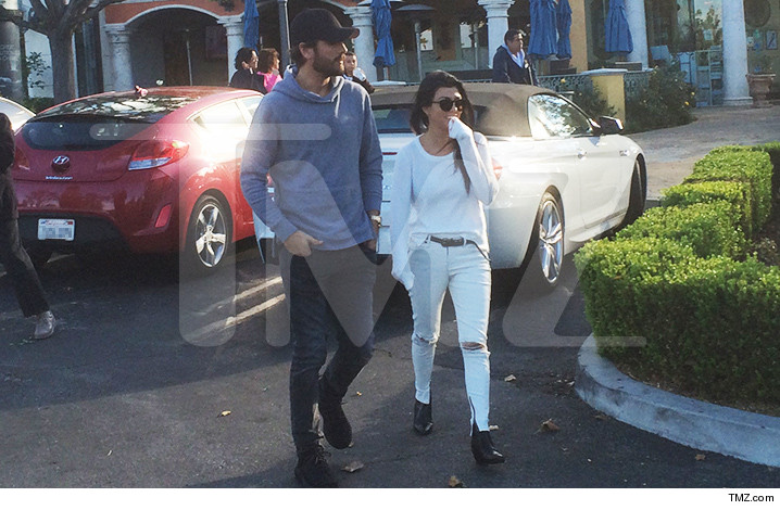 1125-scott-kourtney-tmz-01