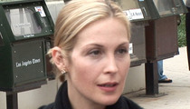 Kelly Rutherford -- Judge Fears She'll Abduct Kids