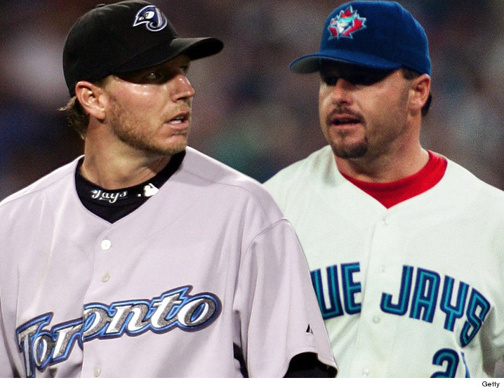 0106_Roy-Halladay_Roger-Clemens-blue-jays-gett