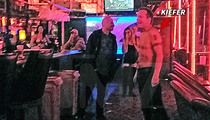 Kiefer Sutherland -- Anybody Want a Lap Dance?