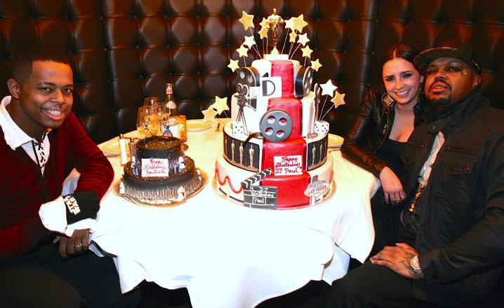 0118-subasset-dj-paul-oscar-cake