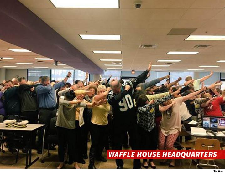 0122-sub-waffle-house-twitter-01