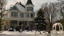 'Groundhog Day' -- Business is Booming at 'Punxsutawney' Inn